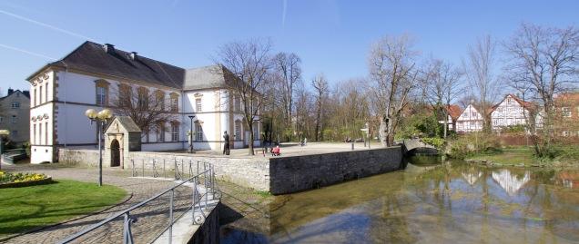Overal in het domkwartier ontspringen bronnen, die samen het riviertje de Pader vormen.