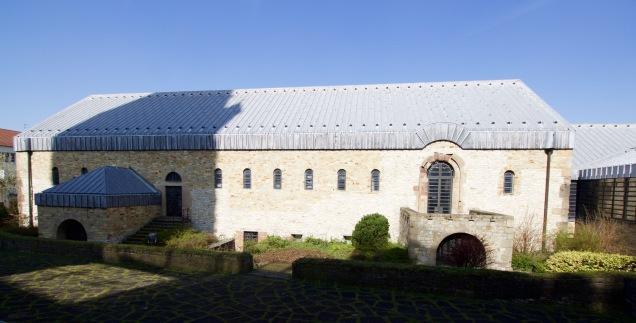De gereconstrueerde keizerpalts van Karel de Grote in Paderborn