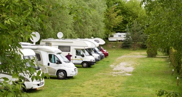Per camper heb je in Tegel flink wat ruimte.
