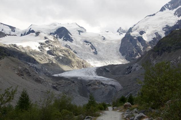 Ik ga voor een korte trip graag naar de Duitse middelgebergten, maar niets haalt het bij de échte Alpen. Morteratsch-gletsjer bij Pontresina.